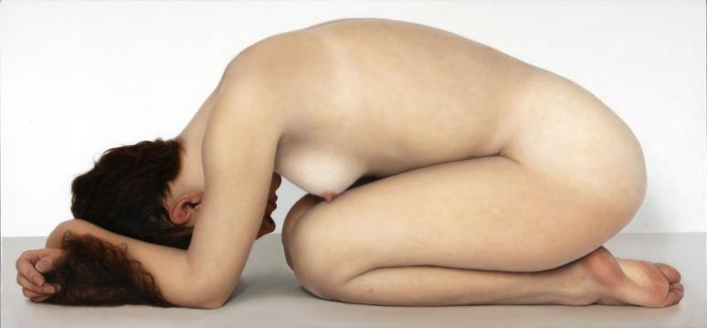 Richard Harper Richard Harper, né en 1951 en Californie, étudie la peinture à Los Angeles Art Center College of Design avant de s'installer à Paris en 1986. En 1994, il choisit de s'établir dans le Perche avec sa famille. Son travail a fait l'objet de nombreuses expositions, en France comme à l'étranger. Au début des années 80, Richard Harper s'est consacré à l'exploration des limites de la peinture réaliste et il s'est volontairement limité à la figuration du corps. Depuis lors, la forme humaine a été l'élément central de son travail, non seulement comme représentation de l'être, mais aussi comme celle de l'humanité et de l'expérience de notre présence au monde. tél: 06 70 64 35 79; La haute Beautrie; r.harper@wanadoo.fr